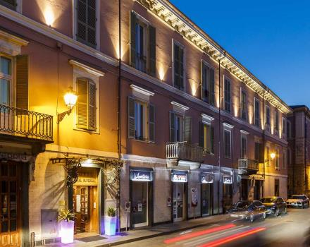 Esterno Best Western Plus Royal Superga Hotel Cuneo