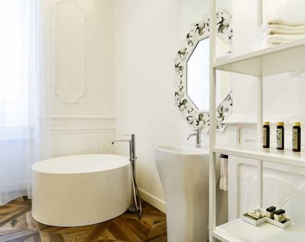 Bathroom Suites-Best Western Plus Royal Superga Hotel Cuneo
